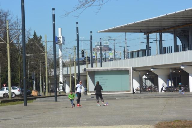 Stationsplein DSC_0195