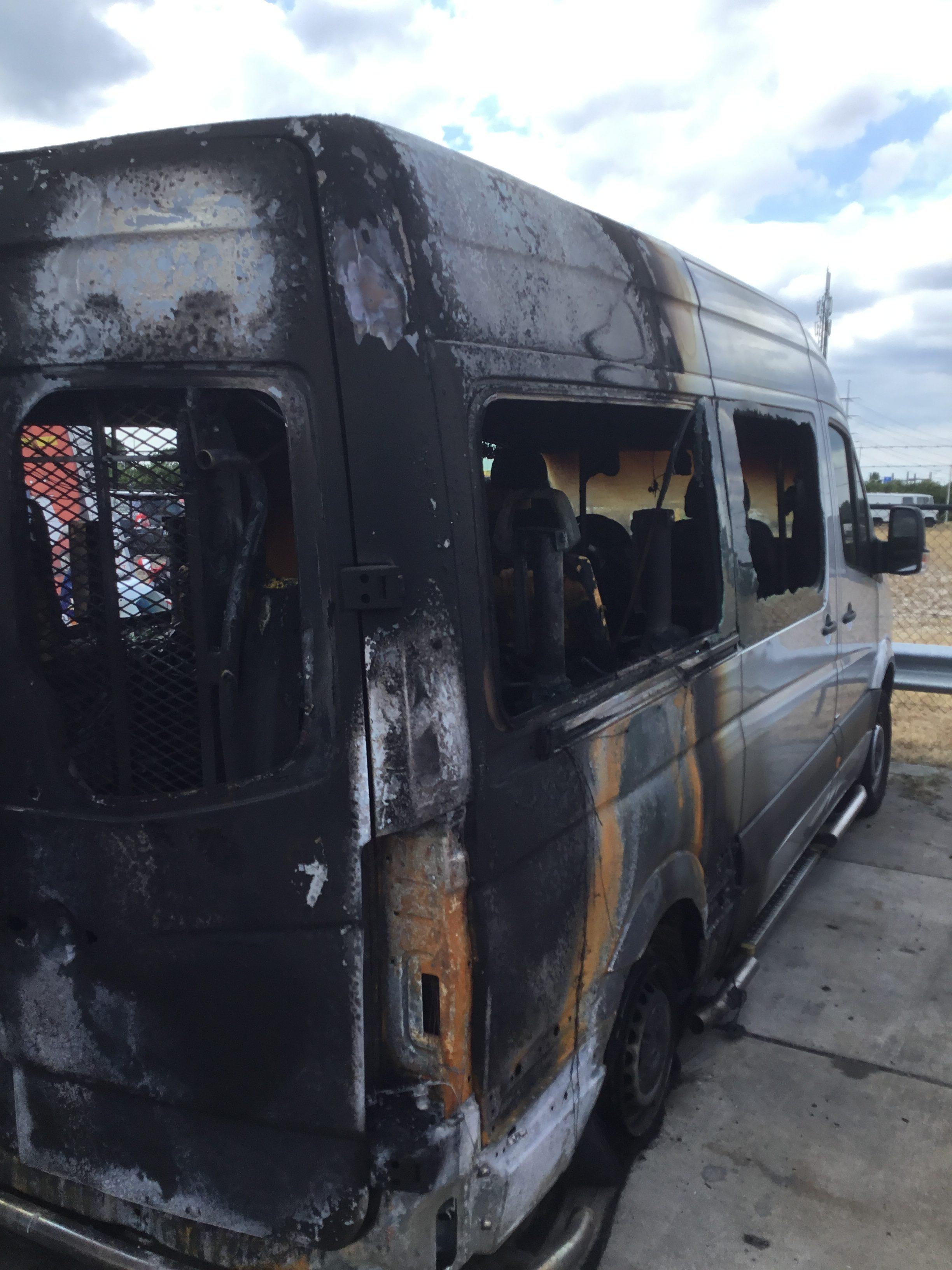 Woej bus uitgebrand - 1