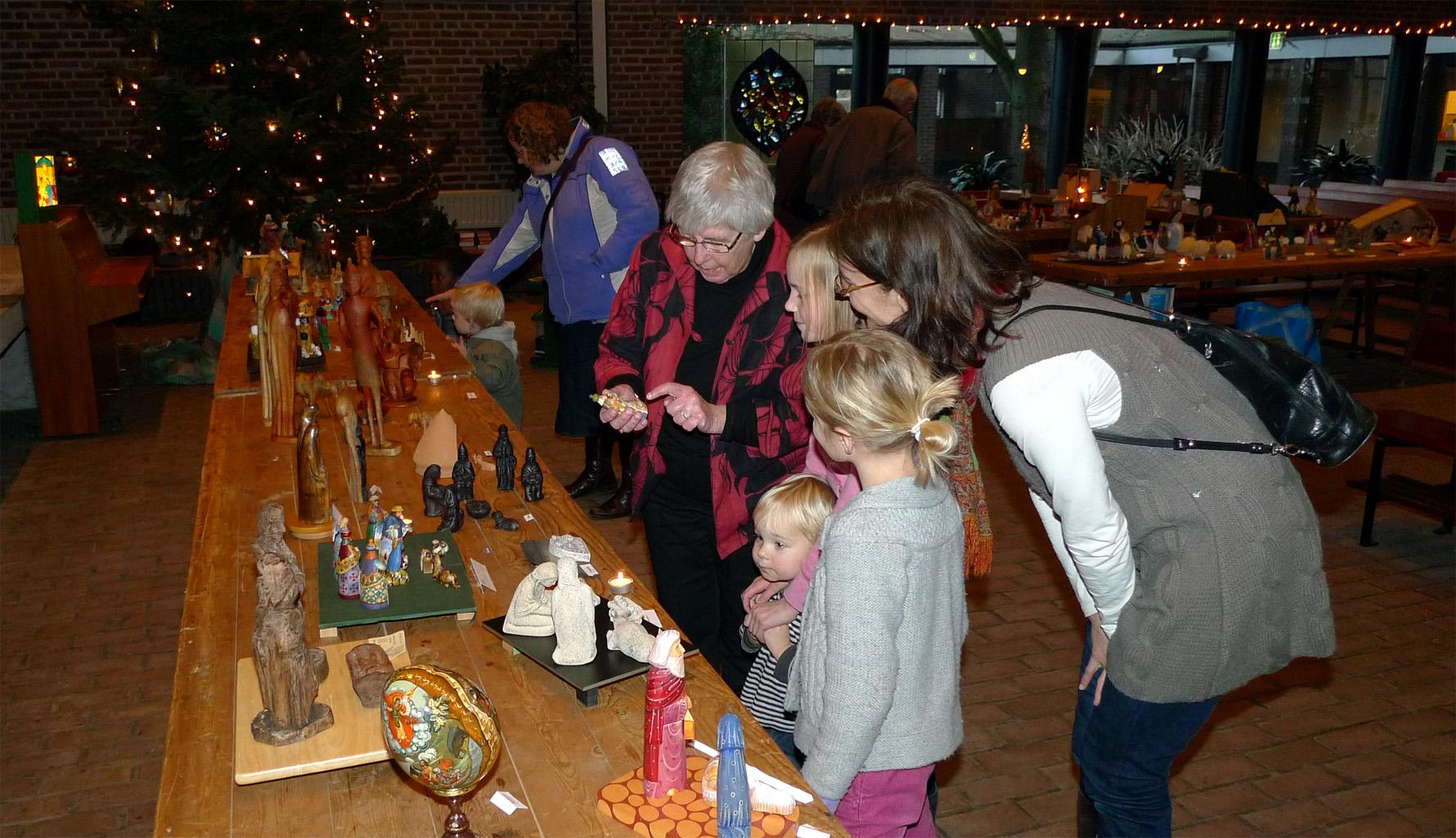 kerststal 689 Uitleg over de beelden