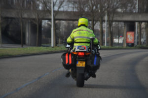 politieman-op-motor-dsc_5952