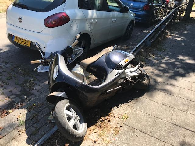 scooter ligt IMG_7734